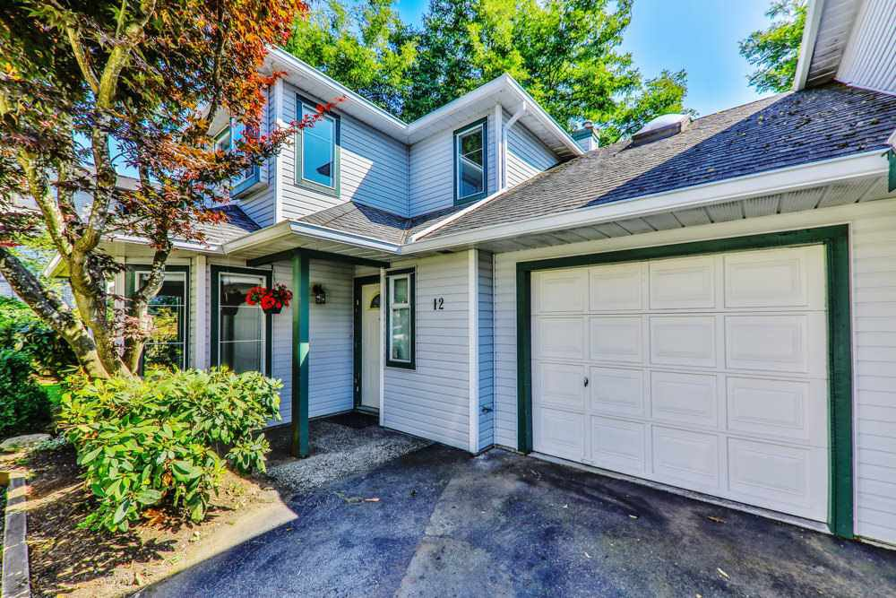 "Main Photo: 12 19060 119 Avenue in Pitt Meadows: Central Meadows Townhouse for sale in ""CEDAR MEADOWS"" : MLS®# R2403572"