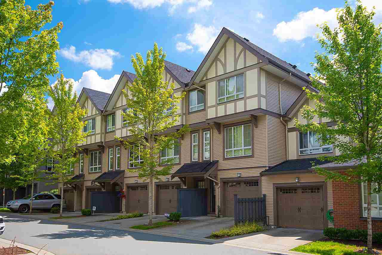 "Main Photo: 27 1338 HAMES Crescent in Coquitlam: Burke Mountain Townhouse for sale in ""FARRINGTON PARK"" : MLS®# R2408731"