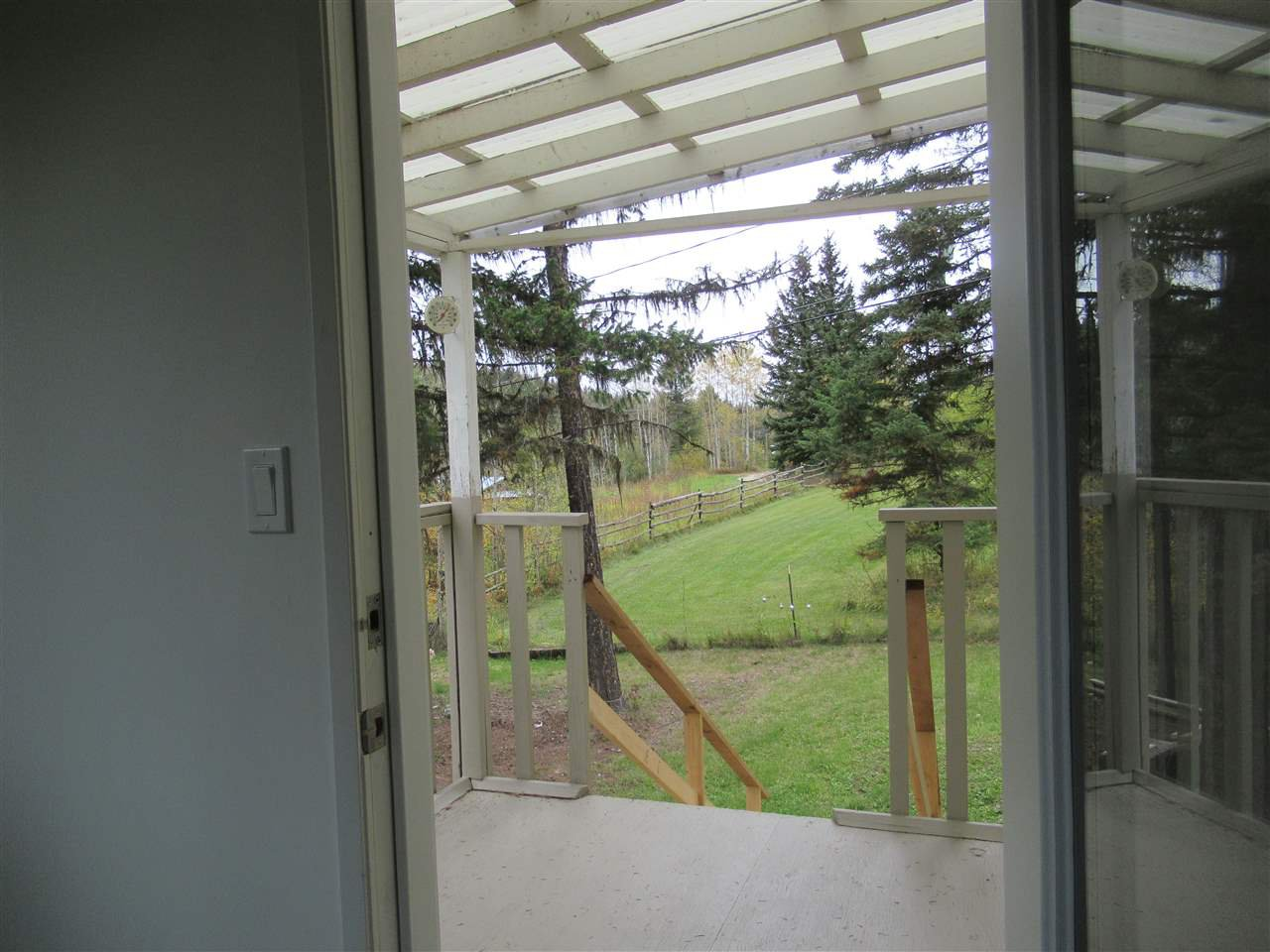 Photo 11: Photos: 3974 SCHARF Road in Williams Lake: Williams Lake - Rural North House for sale (Williams Lake (Zone 27))  : MLS®# R2409567