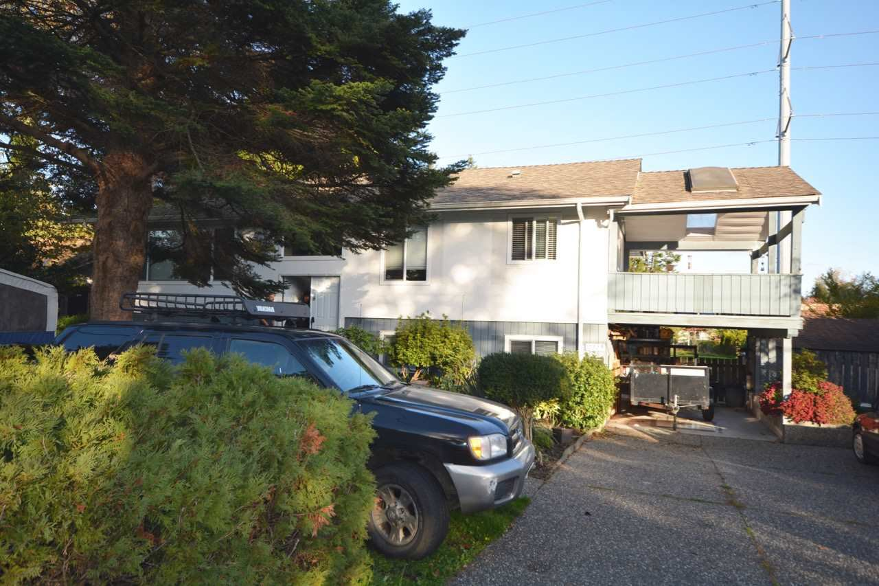 Main Photo: 1022 53A STREET in : Tsawwassen Central House for sale : MLS®# R2010905