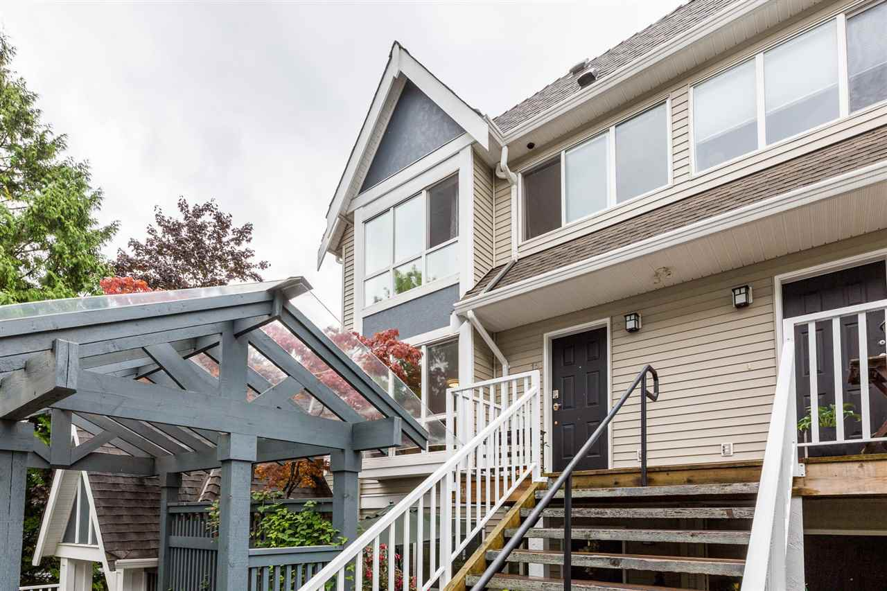 Main Photo: 15 1005 LYNN VALLEY Road in North Vancouver: Lynn Valley Townhouse for sale : MLS®# R2433911