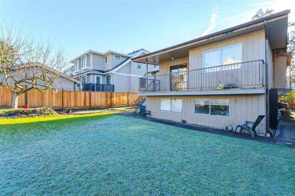 Photo 4: Photos: 2525 W 8TH AVENUE in Vancouver: Kitsilano House for sale (Vancouver West)  : MLS®# R2440103