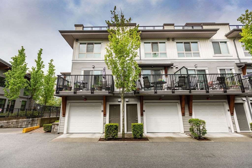Main Photo: 160 6671 121 Street in Surrey: West Newton Townhouse for sale : MLS®# R2456005