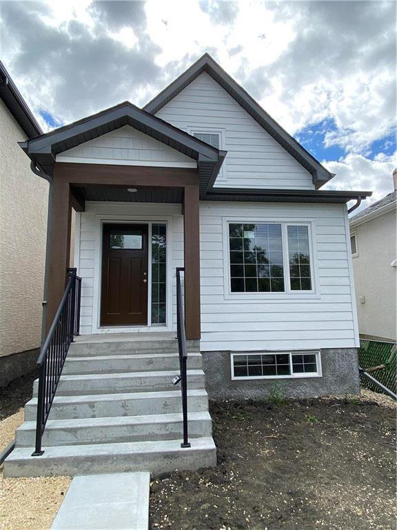 Main Photo: 1149 Parker Avenue in Winnipeg: West Fort Garry Residential for sale (1Jw)  : MLS®# 202022706