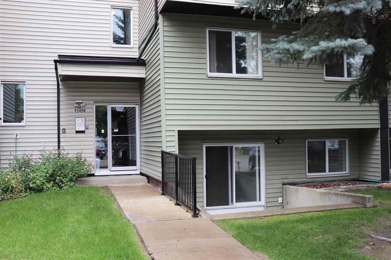 Main Photo: 4 13456 FORT Road in Edmonton: Zone 02 Condo for sale : MLS®# E4170581
