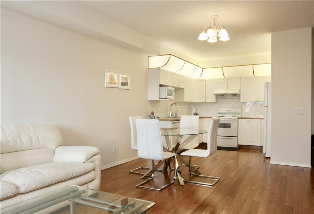 Photo 10: Photos: 327 728 COUNTRY HILLS Road NW in Calgary: Country Hills Apartment for sale : MLS®# C4274911