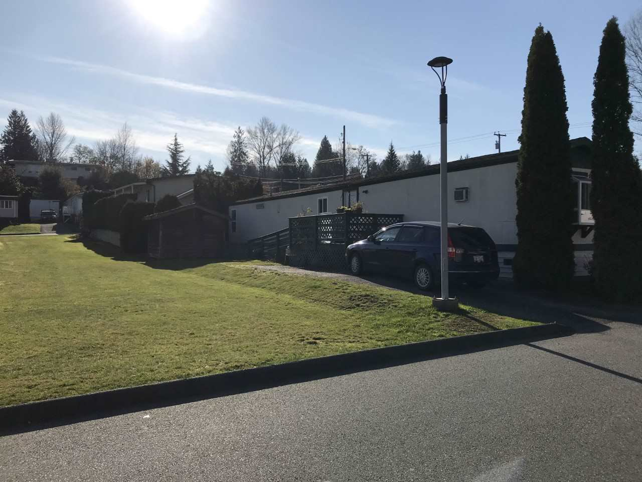 """Photo 2: Photos: 71 3300 HORN Street in Abbotsford: Central Abbotsford Manufactured Home for sale in """"Georgian Park"""" : MLS®# R2423912"""