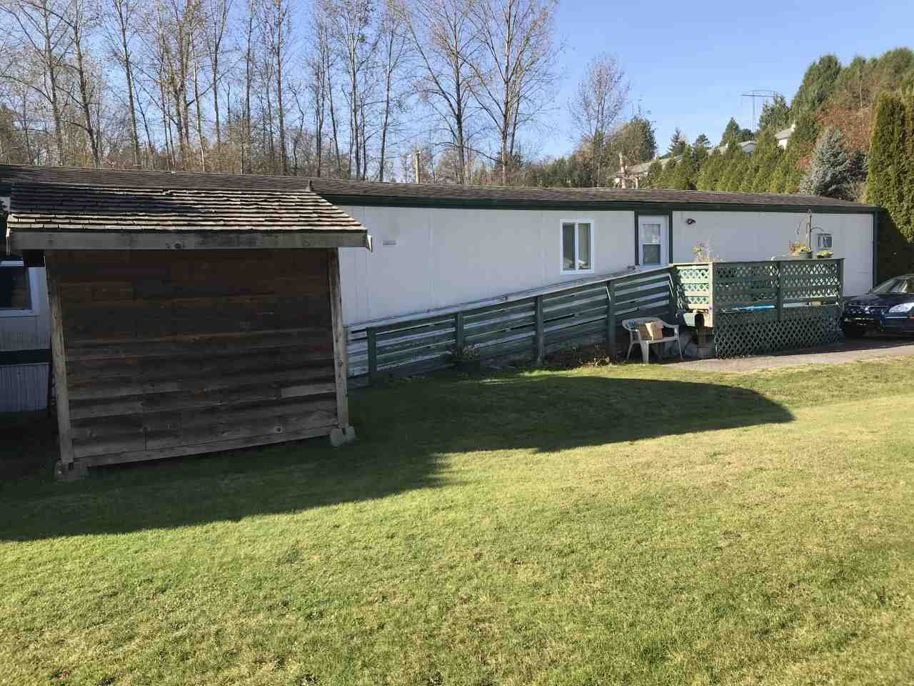 """Photo 5: Photos: 71 3300 HORN Street in Abbotsford: Central Abbotsford Manufactured Home for sale in """"Georgian Park"""" : MLS®# R2423912"""