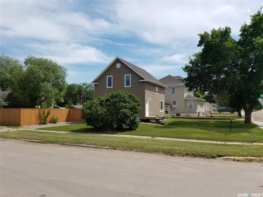 Main Photo: 101 5th Avenue East in Unity: Residential for sale : MLS®# SK831954