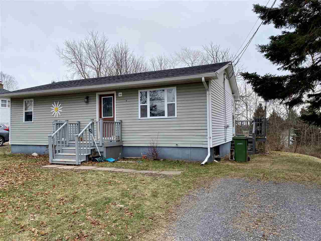 Main Photo: 44 Pine Street in Pictou: 107-Trenton,Westville,Pictou Residential for sale (Northern Region)  : MLS®# 202025908