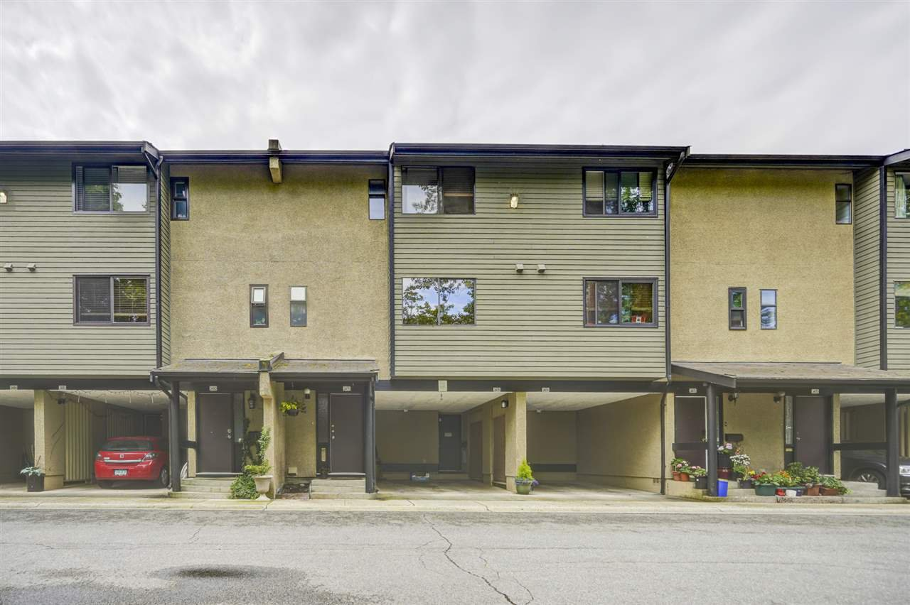 Main Photo: 3478 NAIRN AVENUE in Vancouver: Champlain Heights Townhouse for sale (Vancouver East)  : MLS®# R2479939