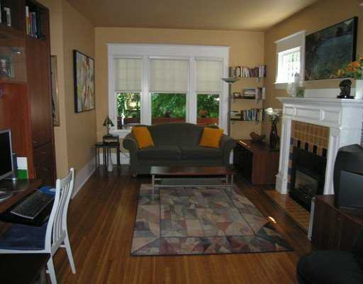 Photo 2: Photos: 3304 W 6TH AV in Vancouver: Kitsilano House for sale (Vancouver West)  : MLS®# V595883