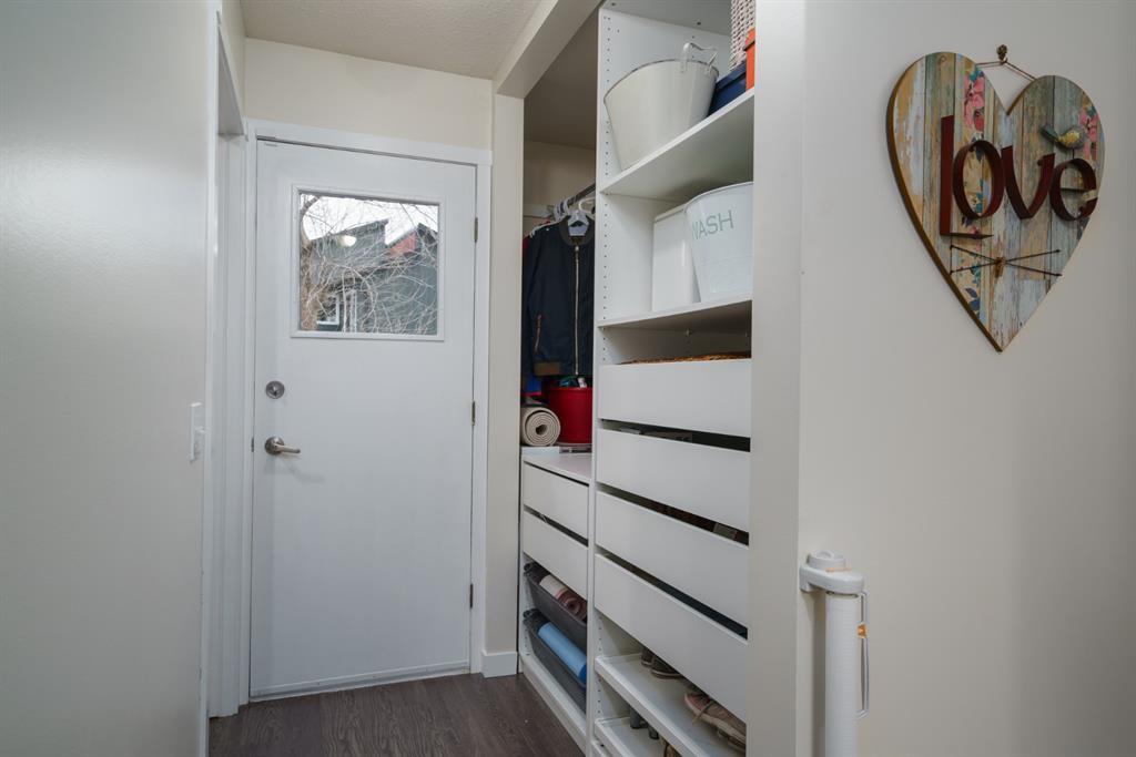 Photo 17: Photos: 523 Deermont Court SE in Calgary: Deer Ridge Detached for sale : MLS®# A1050055