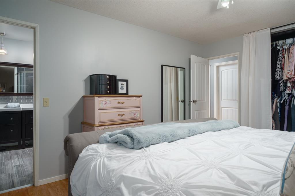 Photo 21: Photos: 523 Deermont Court SE in Calgary: Deer Ridge Detached for sale : MLS®# A1050055