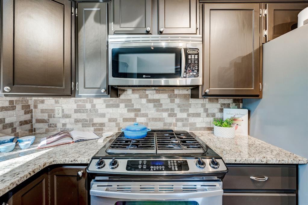 Photo 13: Photos: 523 Deermont Court SE in Calgary: Deer Ridge Detached for sale : MLS®# A1050055