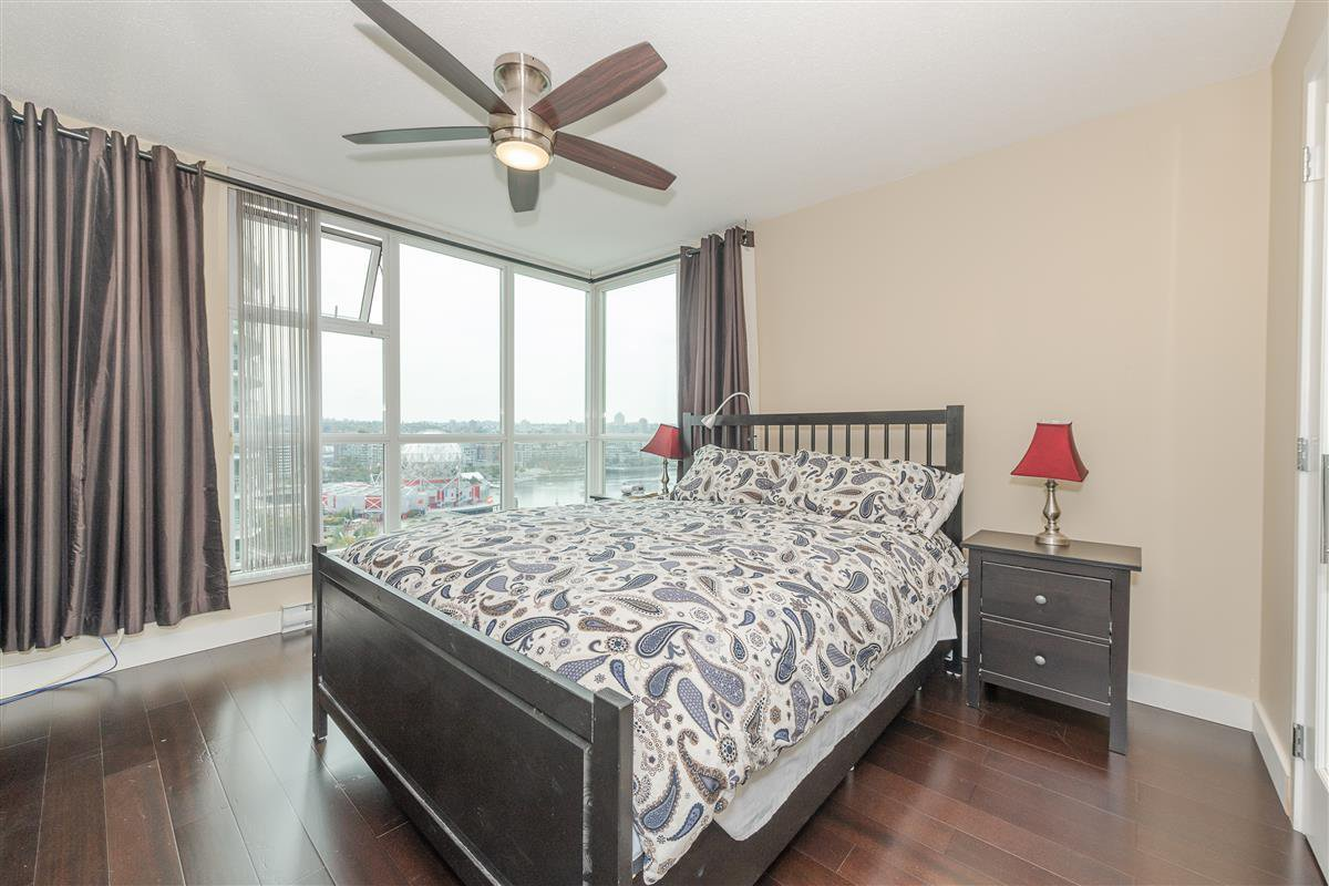 """Photo 13: Photos: 1704 125 MILROSS Avenue in Vancouver: Downtown VE Condo for sale in """"CREEKSIDE"""" (Vancouver East)  : MLS®# R2408403"""