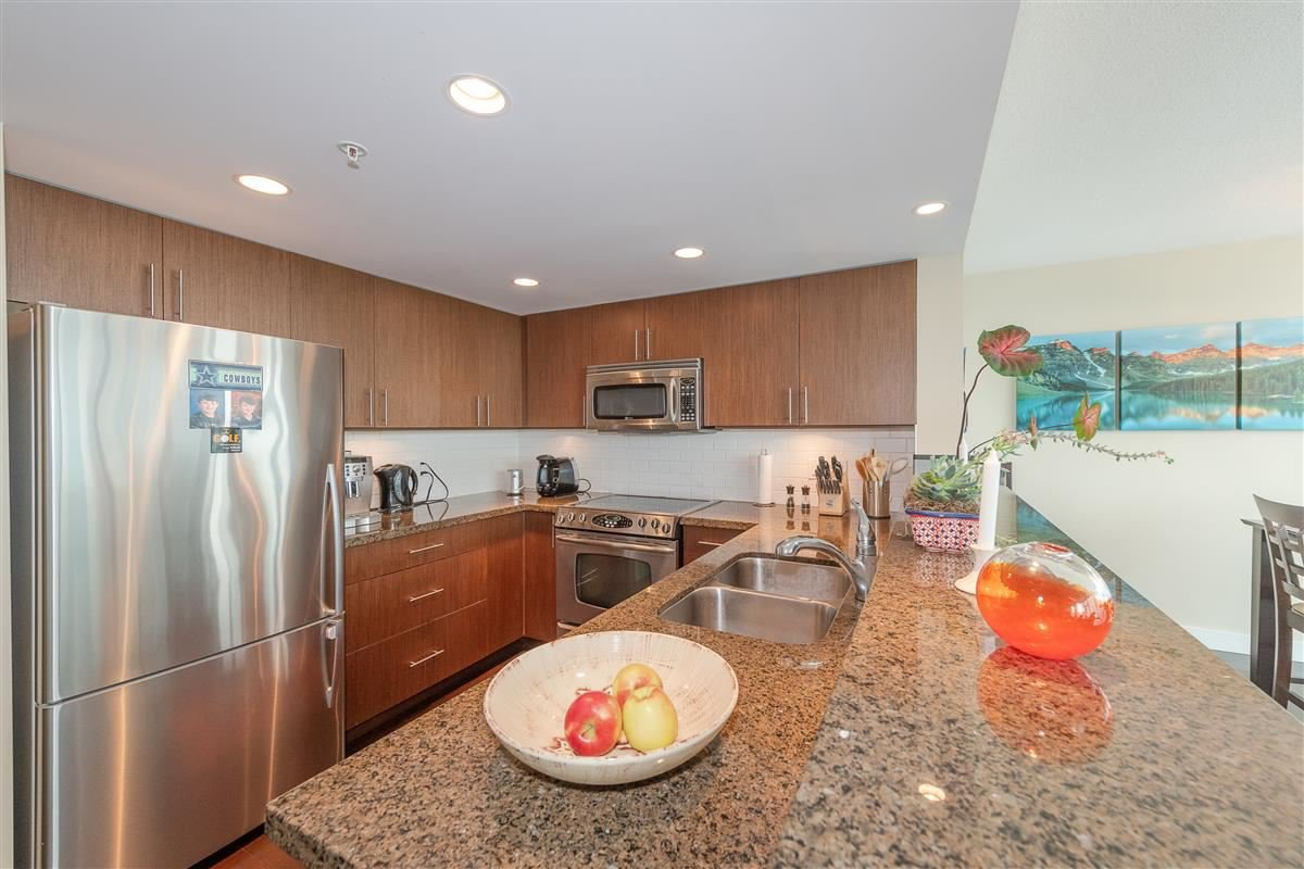 """Photo 8: Photos: 1704 125 MILROSS Avenue in Vancouver: Downtown VE Condo for sale in """"CREEKSIDE"""" (Vancouver East)  : MLS®# R2408403"""