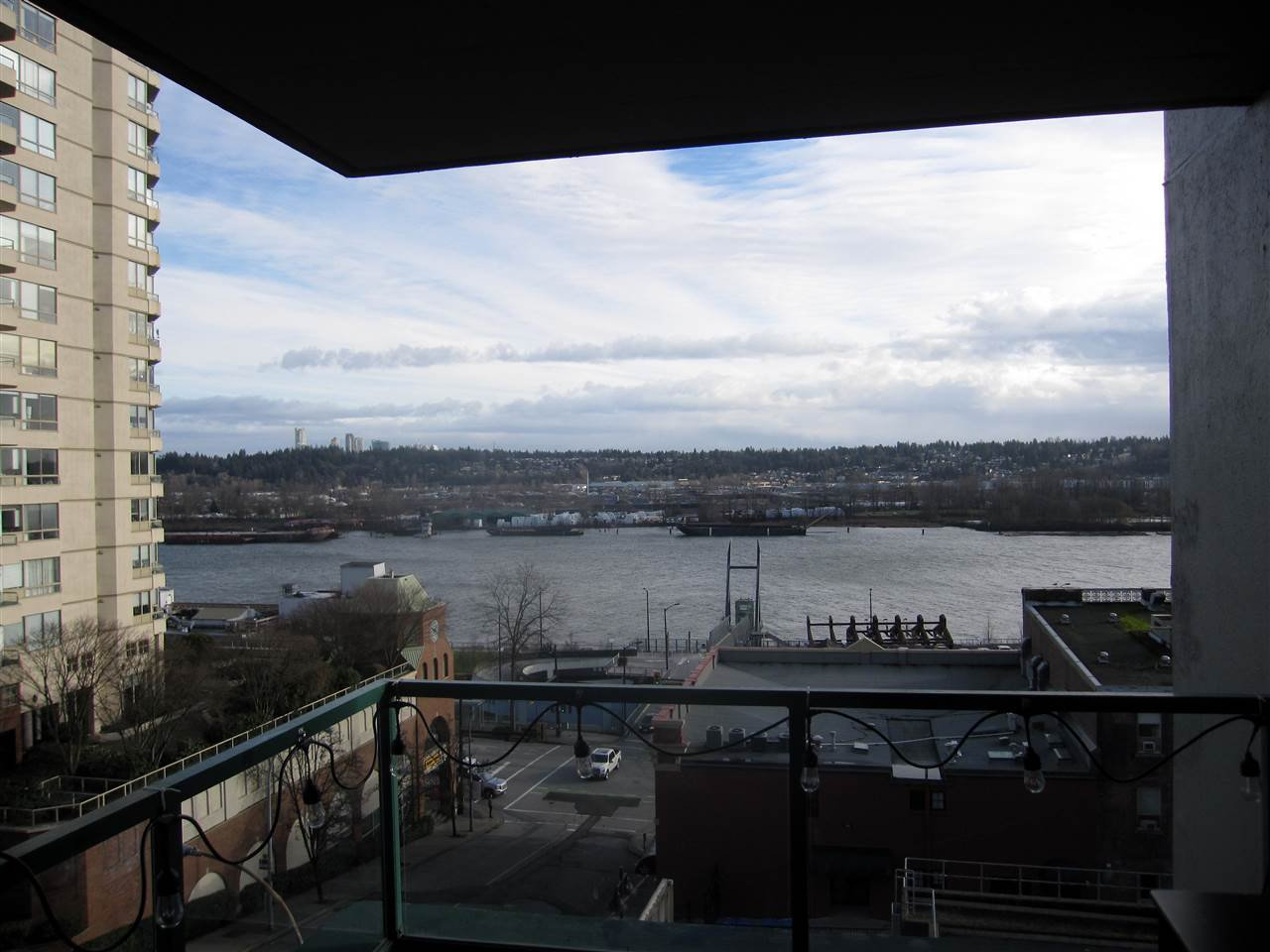 Photo 12: Photos: 405 410 CARNARVON Street in New Westminster: Downtown NW Condo for sale : MLS®# R2428673