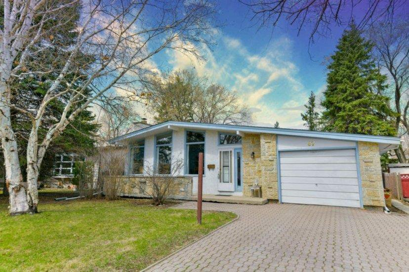 Main Photo: 87 Leeds Avenue in Winnipeg: Fort Richmond Residential for sale (1K)  : MLS®# 202009494