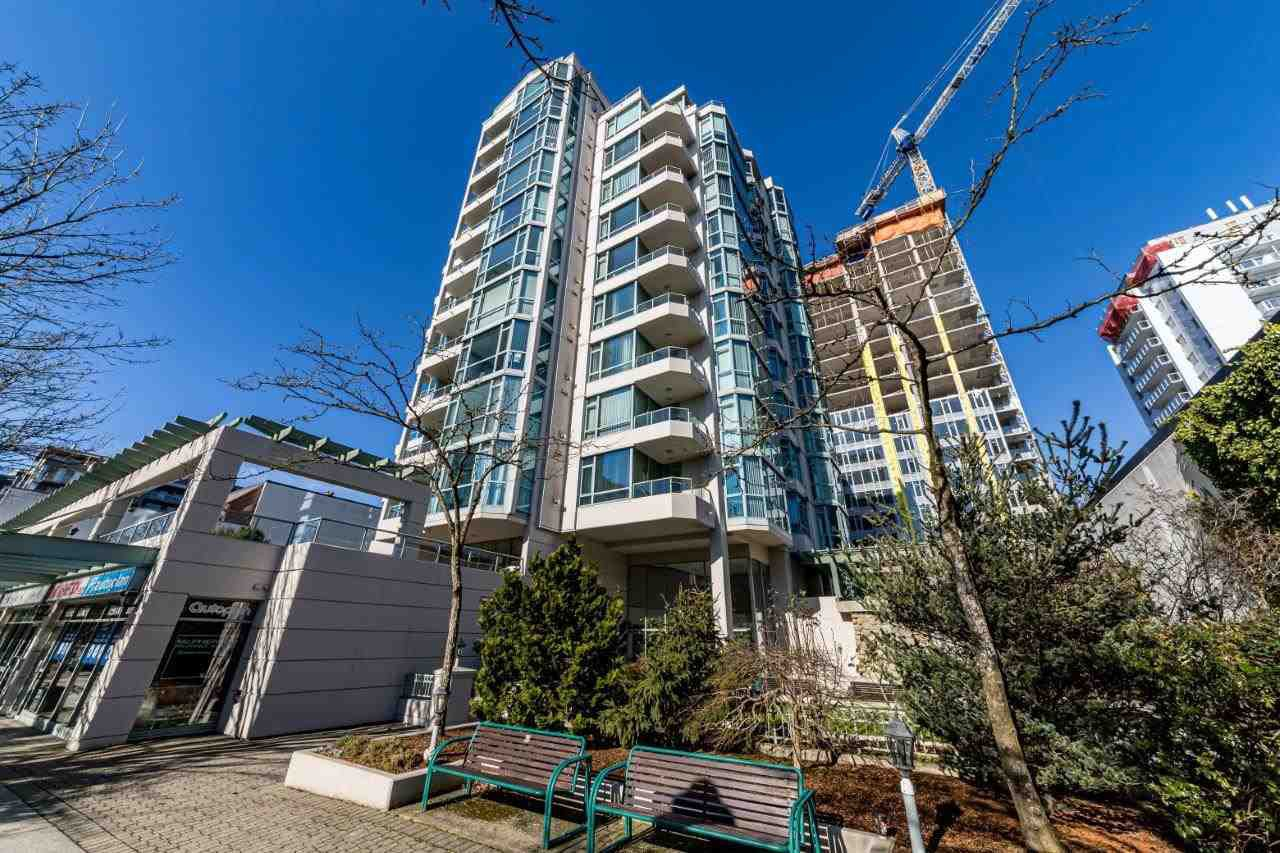 Main Photo: 905 140 E 14TH STREET in North Vancouver: Central Lonsdale Condo for sale : MLS®# R2438709