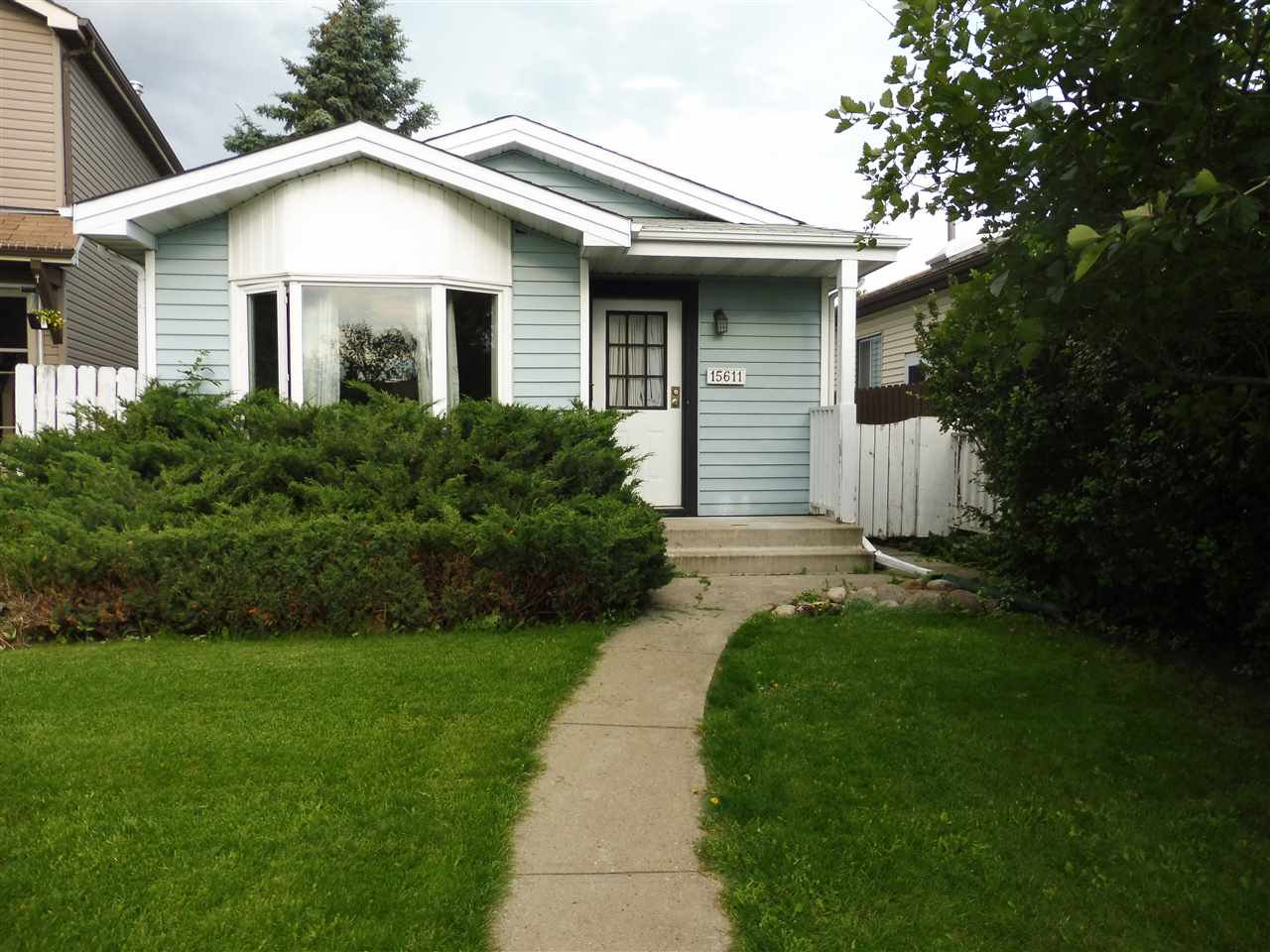 Main Photo: 15611 83A Street in Edmonton: Zone 28 House for sale : MLS®# E4169907
