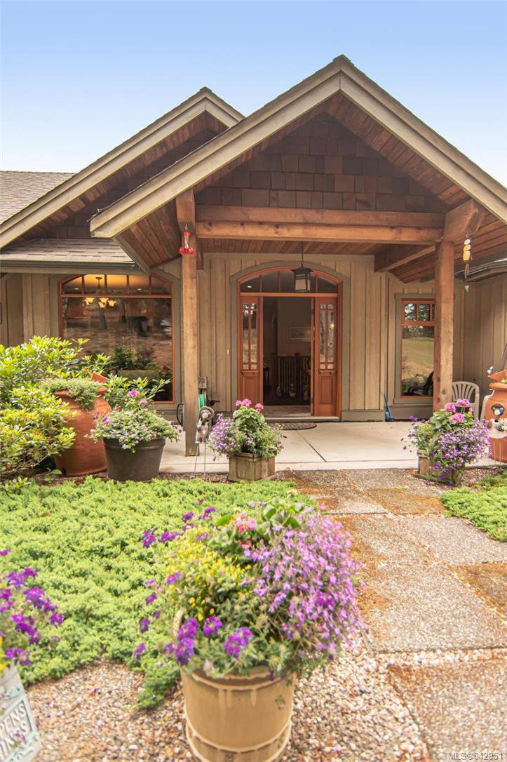 Photo 10: Photos: 1351 Sunset Dr in Salt Spring: GI Salt Spring House for sale (Gulf Islands)  : MLS®# 842951