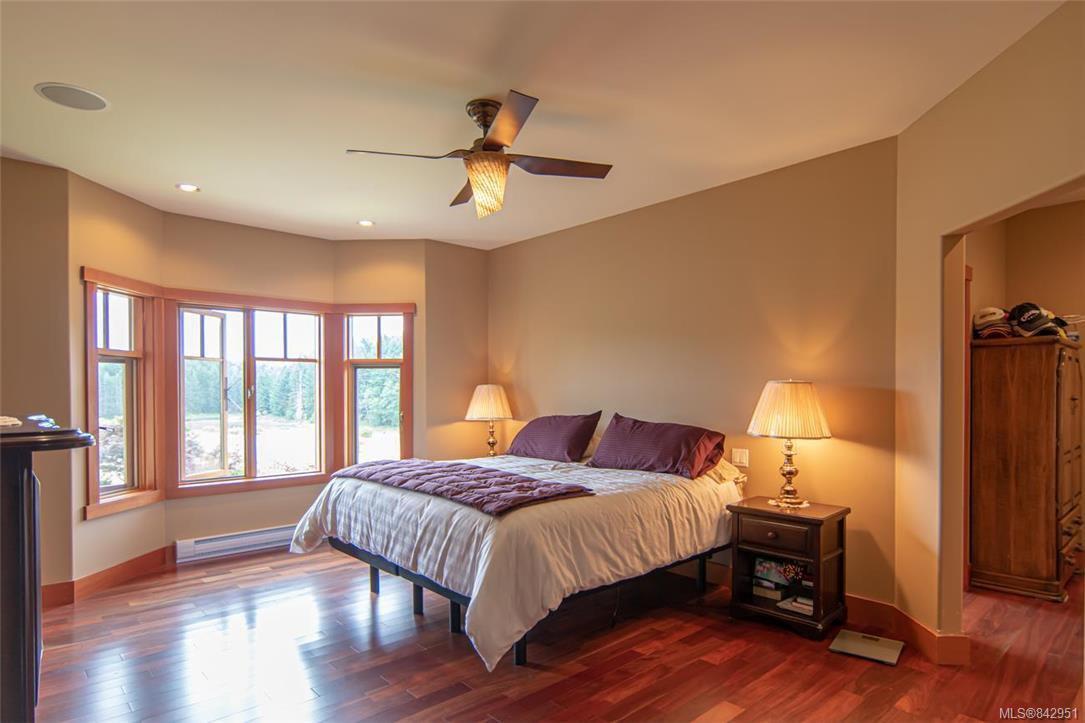 Photo 26: Photos: 1351 Sunset Dr in Salt Spring: GI Salt Spring House for sale (Gulf Islands)  : MLS®# 842951