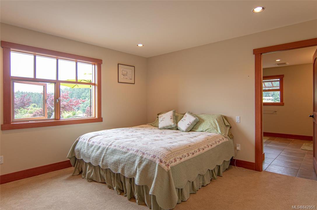 Photo 32: Photos: 1351 Sunset Dr in Salt Spring: GI Salt Spring House for sale (Gulf Islands)  : MLS®# 842951