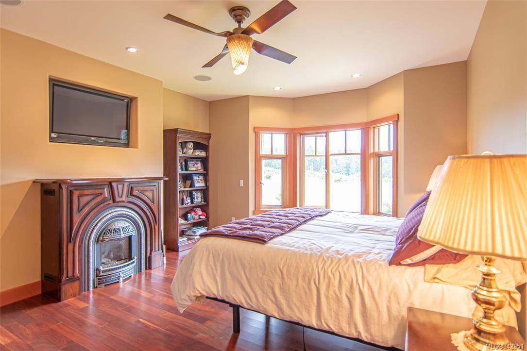 Photo 27: Photos: 1351 Sunset Dr in Salt Spring: GI Salt Spring House for sale (Gulf Islands)  : MLS®# 842951