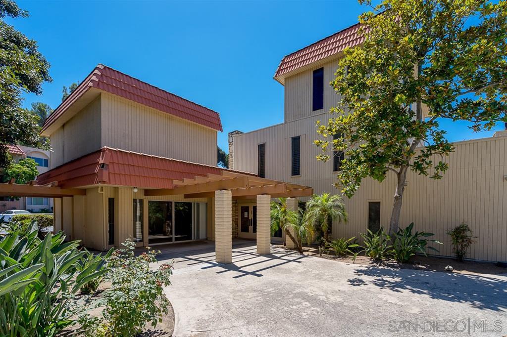 Main Photo: DEL CERRO Condo for sale : 2 bedrooms : 6775 Alvarado #23 in San Diego