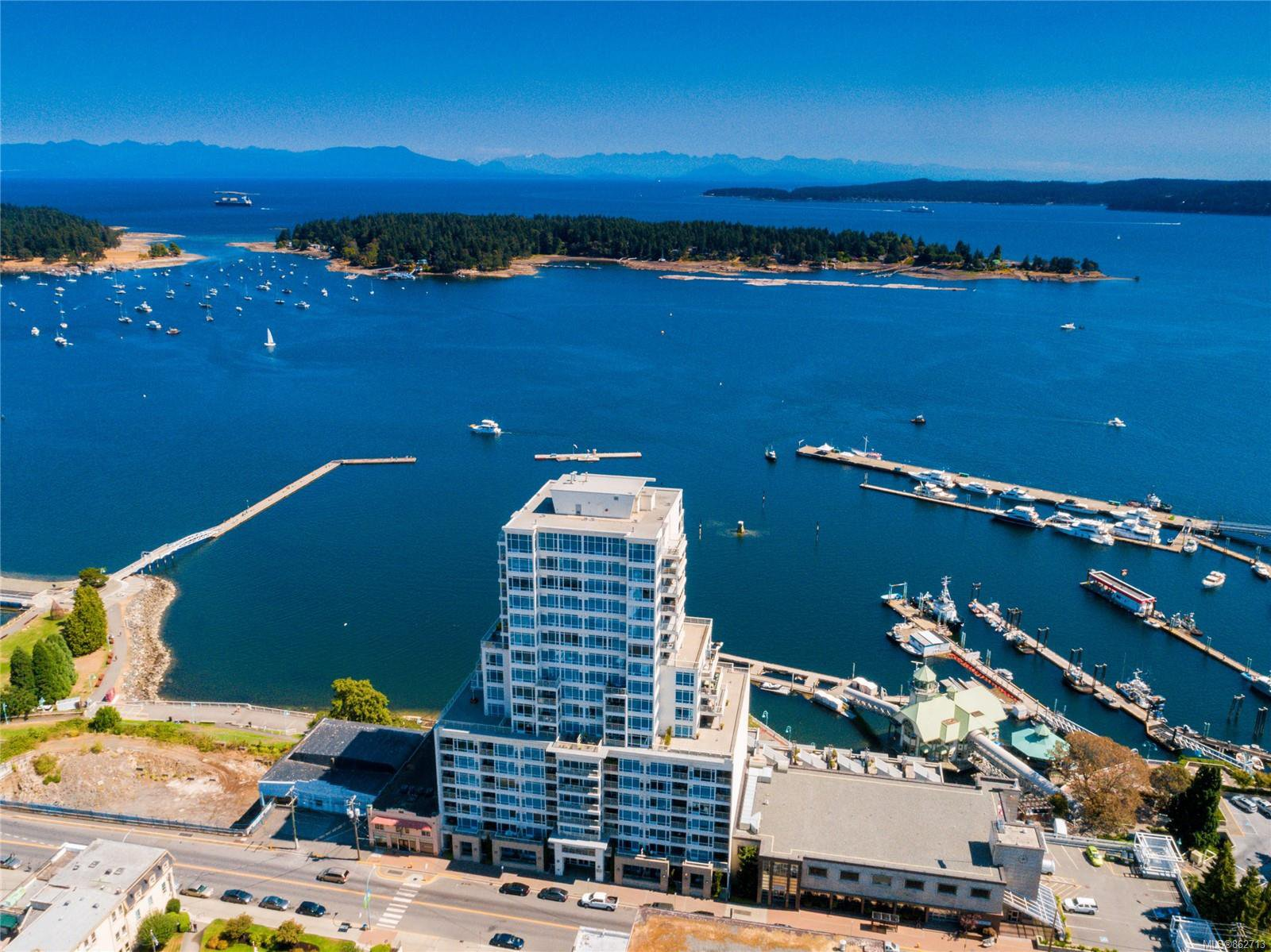 Main Photo: 610 38 Front St in : Na Old City Condo for sale (Nanaimo)  : MLS®# 862713