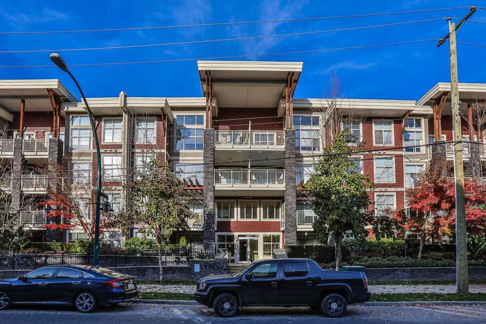 Main Photo: 304 2477 KELLY Avenue in Port Coquitlam: Central Pt Coquitlam Condo for sale : MLS®# R2421368