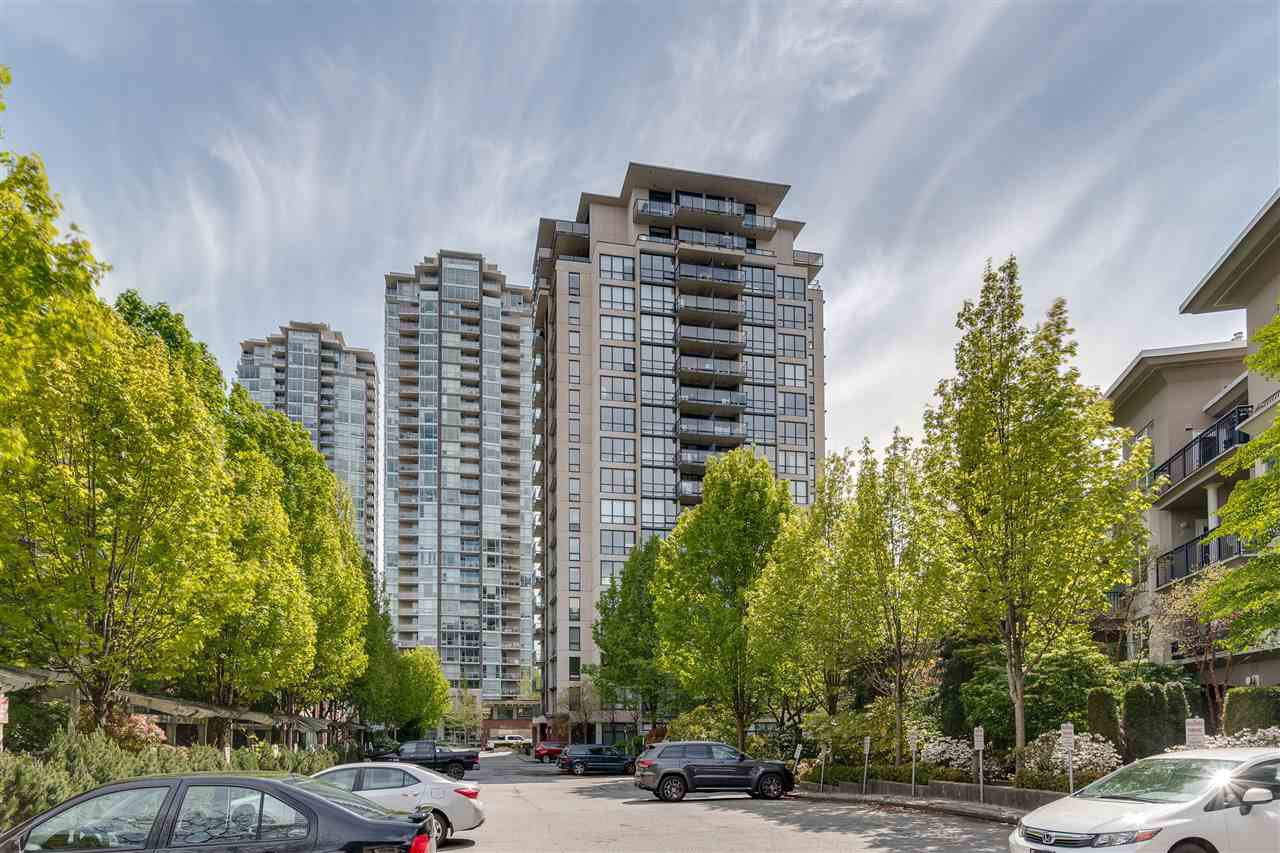 """Main Photo: 1105 2959 GLEN Drive in Coquitlam: North Coquitlam Condo for sale in """"THE PARC"""" : MLS®# R2454083"""