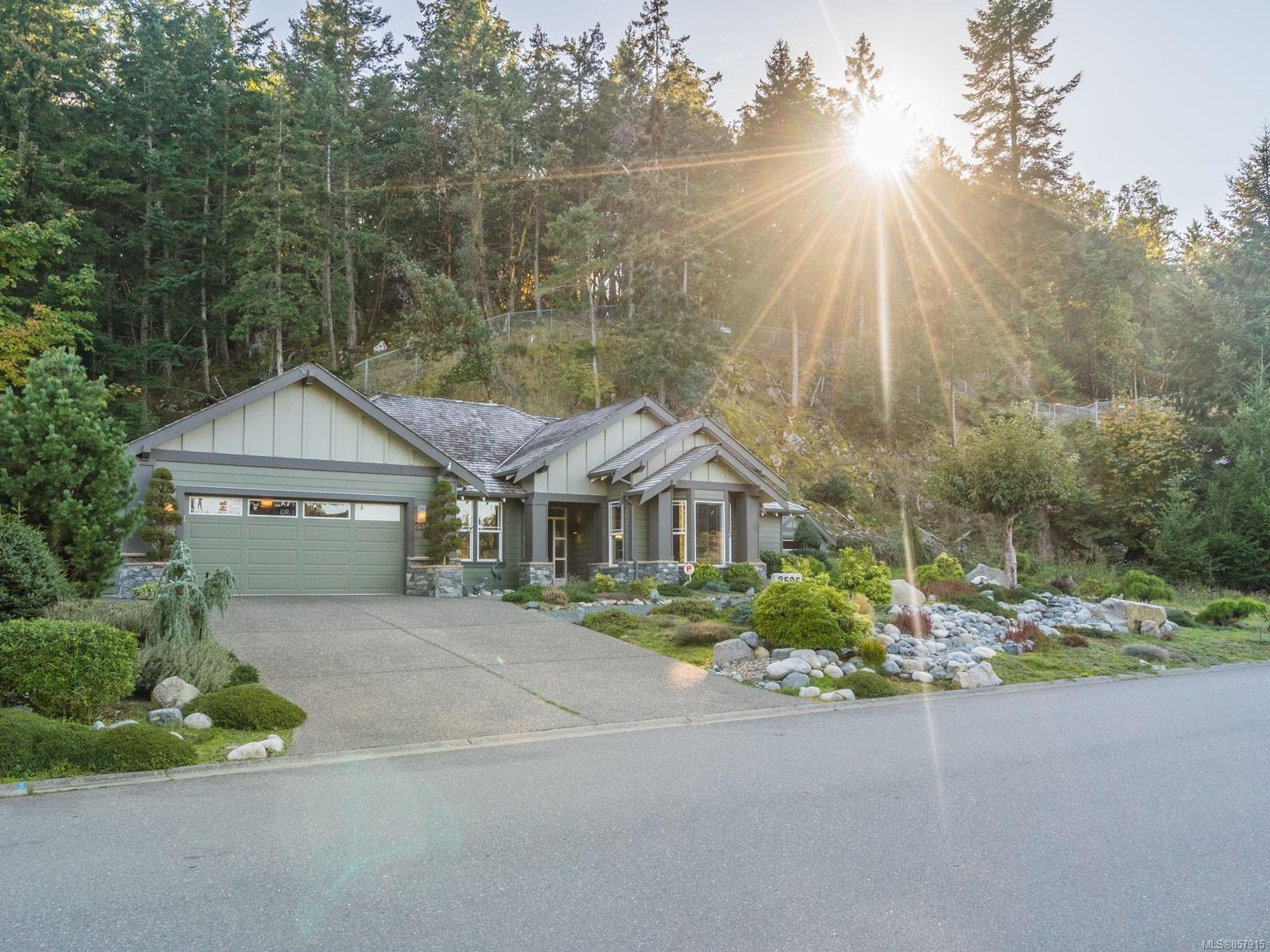 Main Photo: 2596 Andover Rd in : PQ Nanoose House for sale (Parksville/Qualicum)  : MLS®# 857915