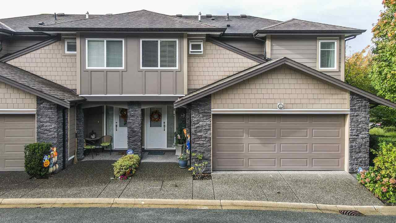 "Main Photo: 5 22865 TELOSKY Avenue in Maple Ridge: East Central Townhouse for sale in ""WINDSONG"" : MLS®# R2508996"
