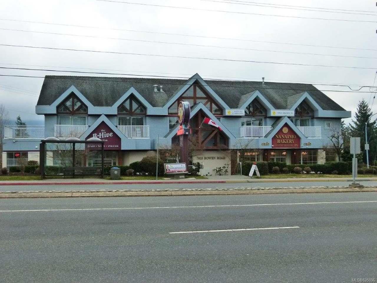 Main Photo: 2025 Bowen Rd in NANAIMO: Na Central Nanaimo Mixed Use for sale (Nanaimo)  : MLS®# 835096