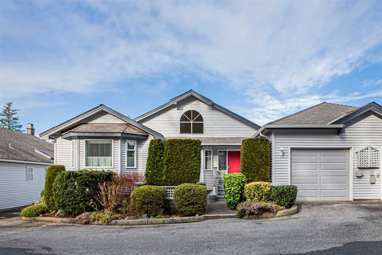 "Main Photo: 116 1744 128 Street in Surrey: Crescent Bch Ocean Pk. Townhouse for sale in ""Bentley Wynd"" (South Surrey White Rock)  : MLS®# R2434881"