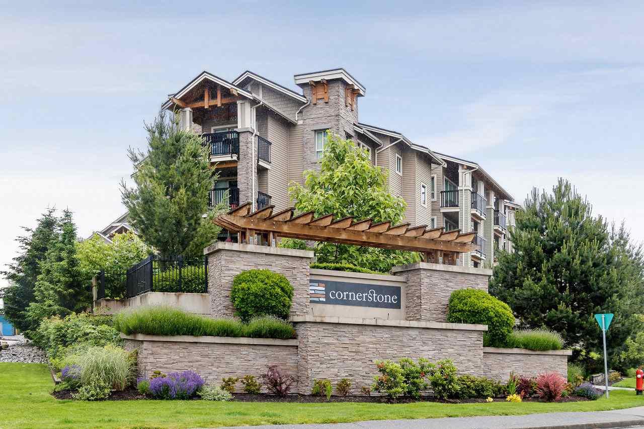 """Main Photo: 121 21009 56 Avenue in Langley: Salmon River Condo for sale in """"Cornerstone"""" : MLS®# R2462328"""