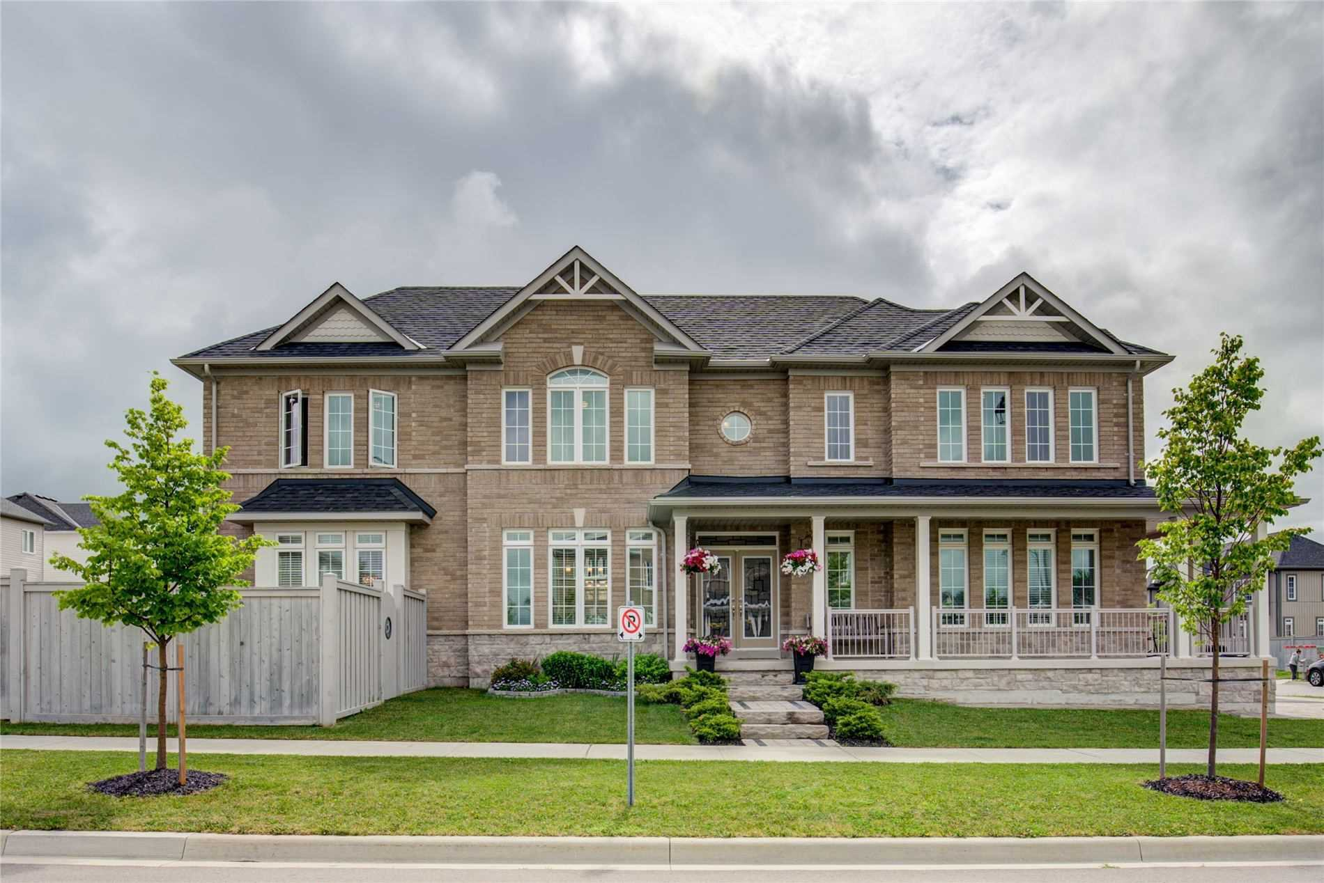 Main Photo: 680 Armstrong Road: Shelburne House (2-Storey) for sale : MLS®# X4830764
