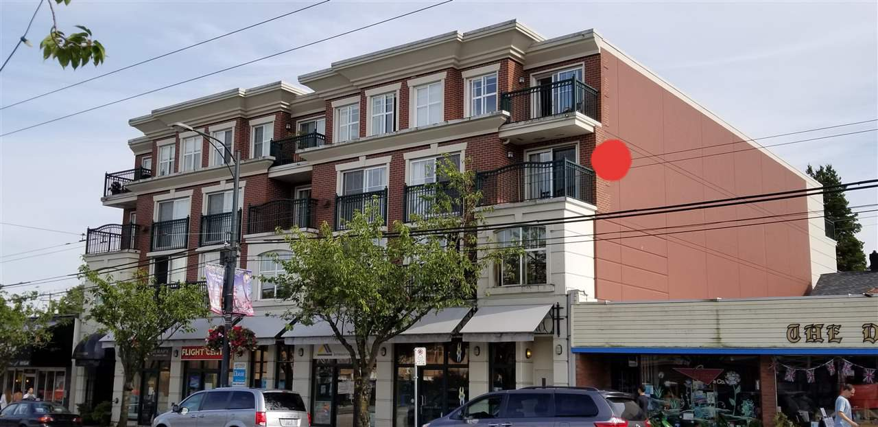 """Main Photo: 301 4542 W 10TH Avenue in Vancouver: Point Grey Condo for sale in """"TELFORD ON TENTH"""" (Vancouver West)  : MLS®# R2389282"""