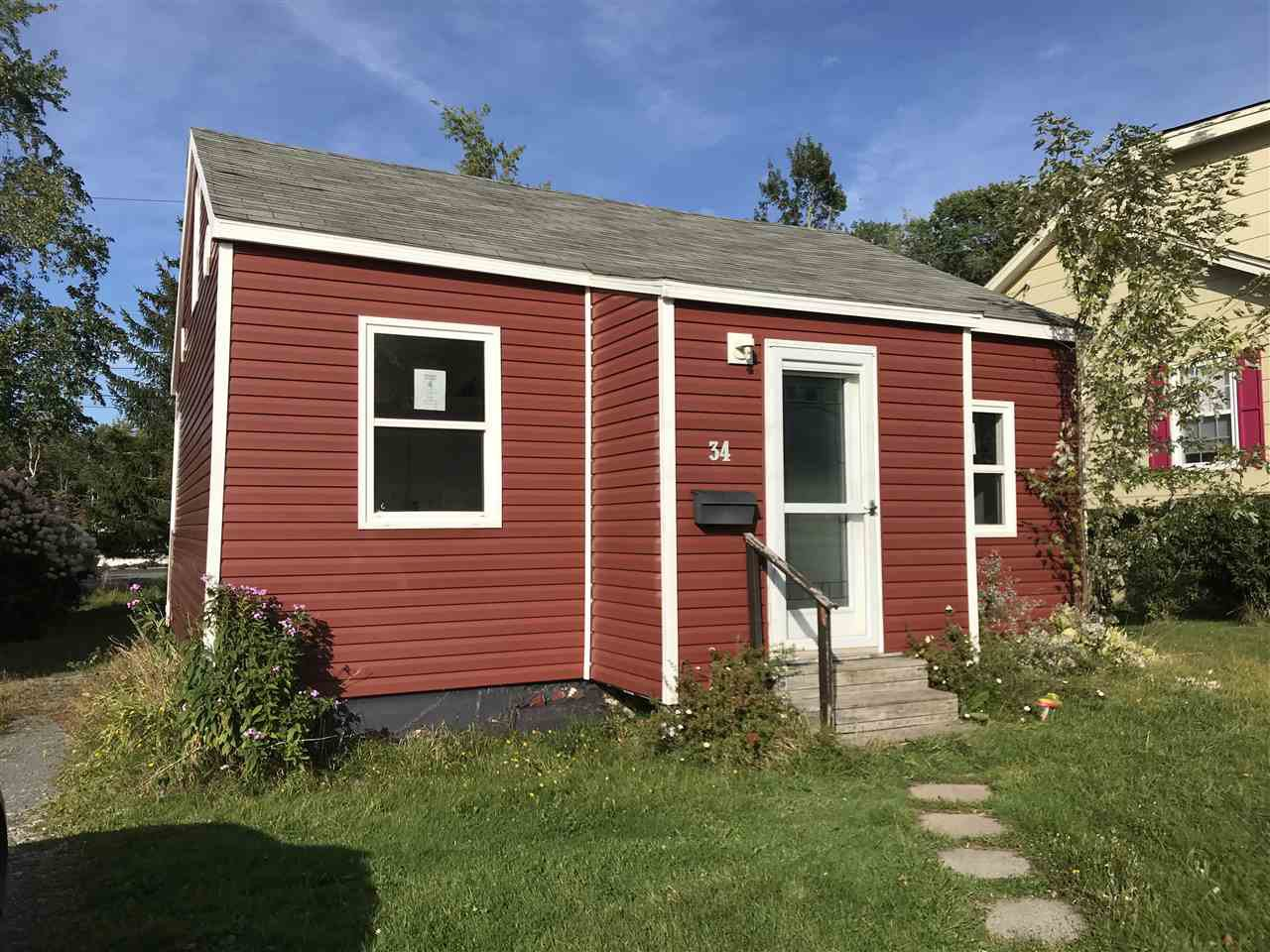 Main Photo: 34 Dover Avenue in New Glasgow: 106-New Glasgow, Stellarton Residential for sale (Northern Region)  : MLS®# 201922925