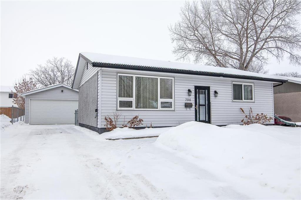Main Photo: 796 Isbister Street in Winnipeg: Crestview Residential for sale (5H)  : MLS®# 202002095