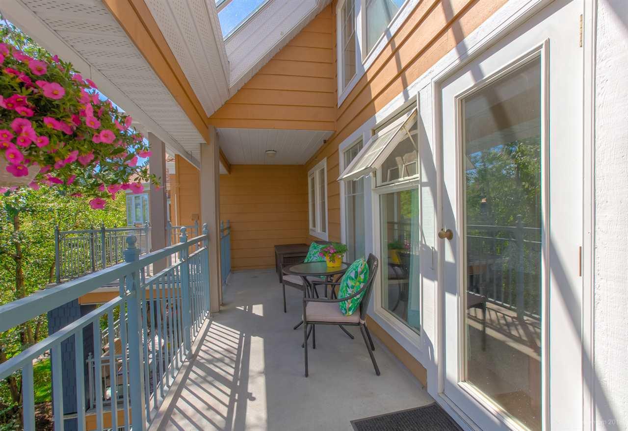 Photo 16: Photos: 410 3075 PRIMROSE Lane in Coquitlam: North Coquitlam Condo for sale : MLS®# R2393225