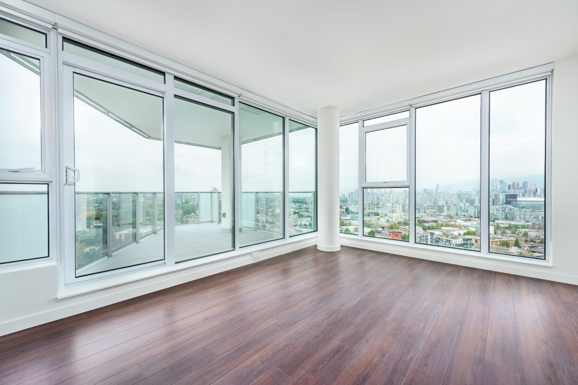 """Photo 4: Photos: 2210 285 E 10TH Avenue in Vancouver: Mount Pleasant VE Condo for sale in """"THE INDEPENDENT"""" (Vancouver East)  : MLS®# R2409964"""