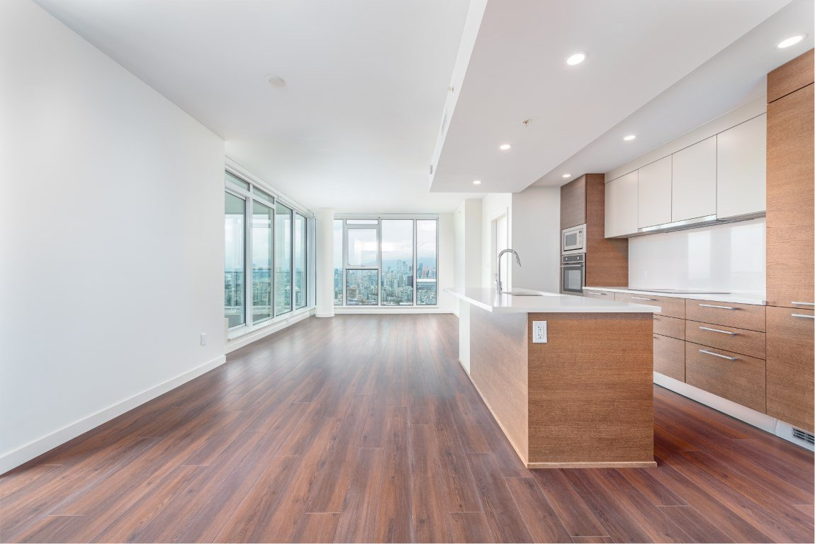 """Photo 3: Photos: 2210 285 E 10TH Avenue in Vancouver: Mount Pleasant VE Condo for sale in """"THE INDEPENDENT"""" (Vancouver East)  : MLS®# R2409964"""