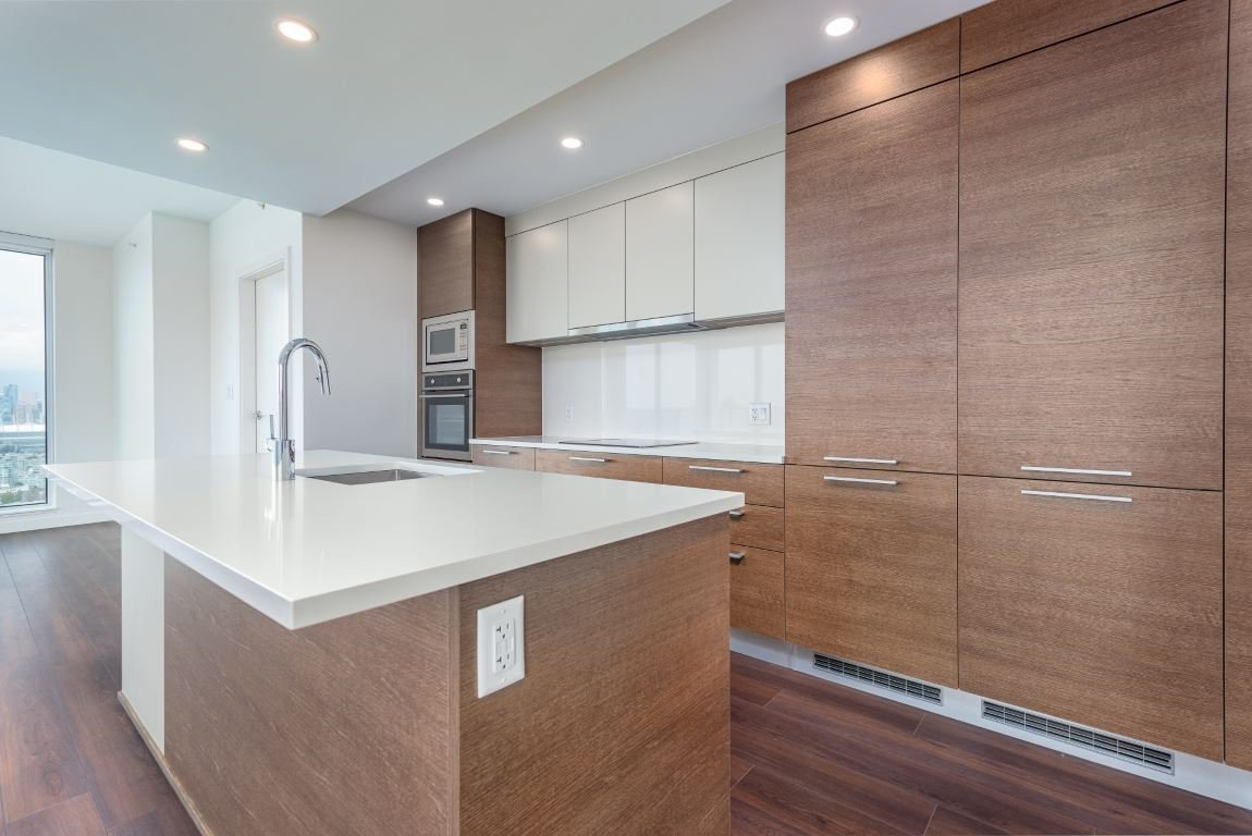"""Photo 5: Photos: 2210 285 E 10TH Avenue in Vancouver: Mount Pleasant VE Condo for sale in """"THE INDEPENDENT"""" (Vancouver East)  : MLS®# R2409964"""