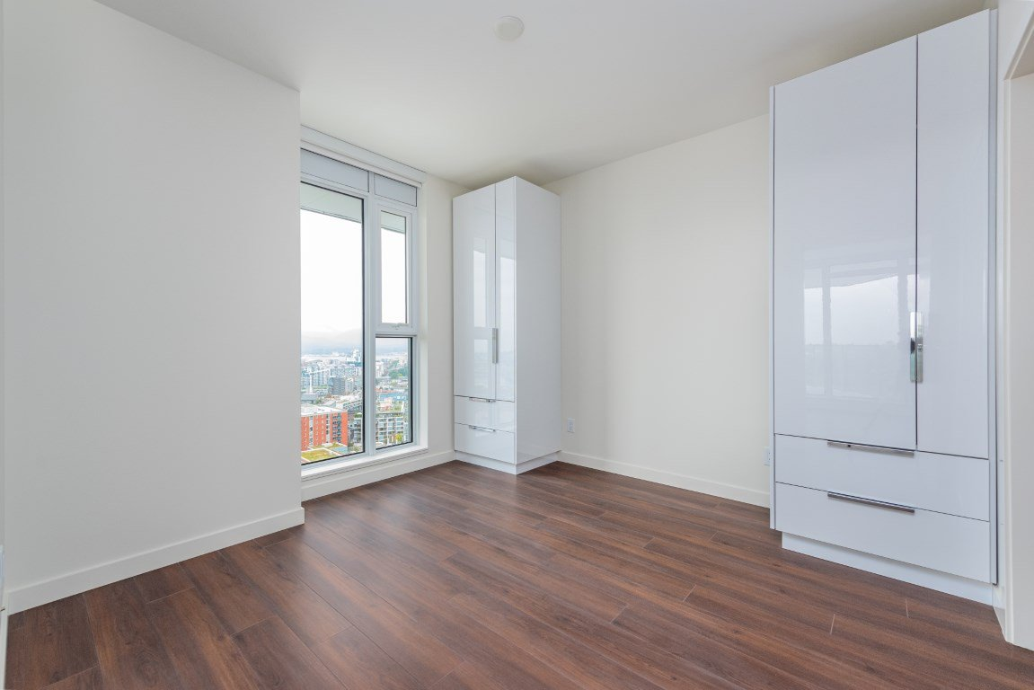"""Photo 6: Photos: 2210 285 E 10TH Avenue in Vancouver: Mount Pleasant VE Condo for sale in """"THE INDEPENDENT"""" (Vancouver East)  : MLS®# R2409964"""