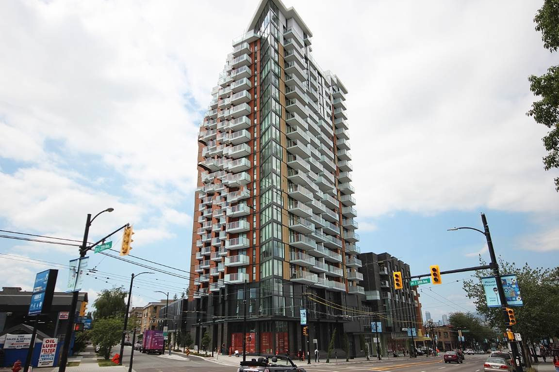 """Photo 9: Photos: 2210 285 E 10TH Avenue in Vancouver: Mount Pleasant VE Condo for sale in """"THE INDEPENDENT"""" (Vancouver East)  : MLS®# R2409964"""