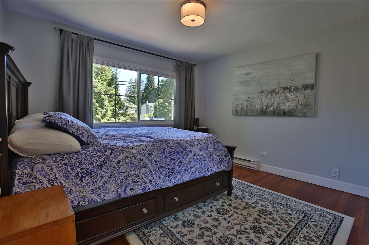 Photo 11: Photos: 1119 CHASTER Road in Gibsons: Gibsons & Area House for sale (Sunshine Coast)  : MLS®# R2425365