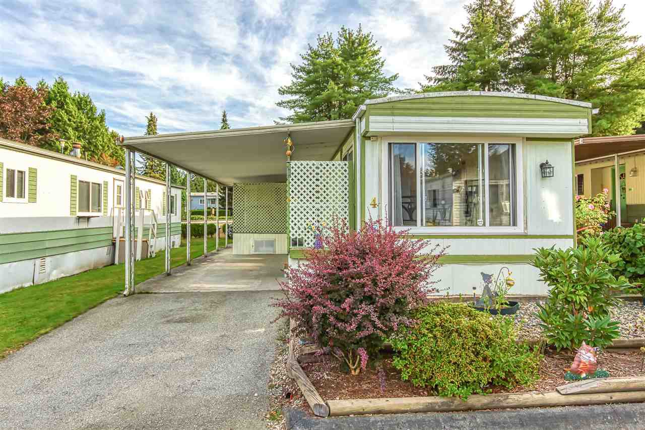"""Photo 2: Photos: 4 7850 KING GEORGE Boulevard in Surrey: East Newton Manufactured Home for sale in """"BEAR CREEK GLEN"""" : MLS®# R2491097"""